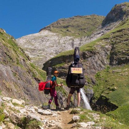 Une cascade pendant la montée vers Bayssellance